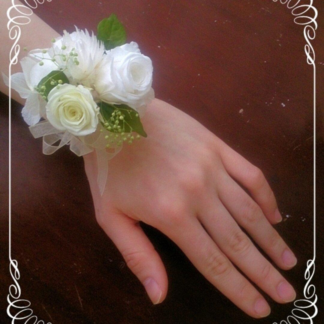プリザーブドフラワーのリストレットS【リストブーケ】バラ・紫陽花(アジサイ) 白・緑
