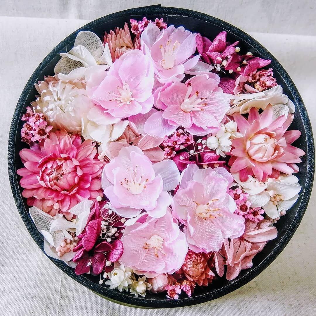 再販●色とりどりの春色 桜ボックスフラワー 丸 入学 卒業 転勤 ギフト 春 ピンク系 ホワイトデー●