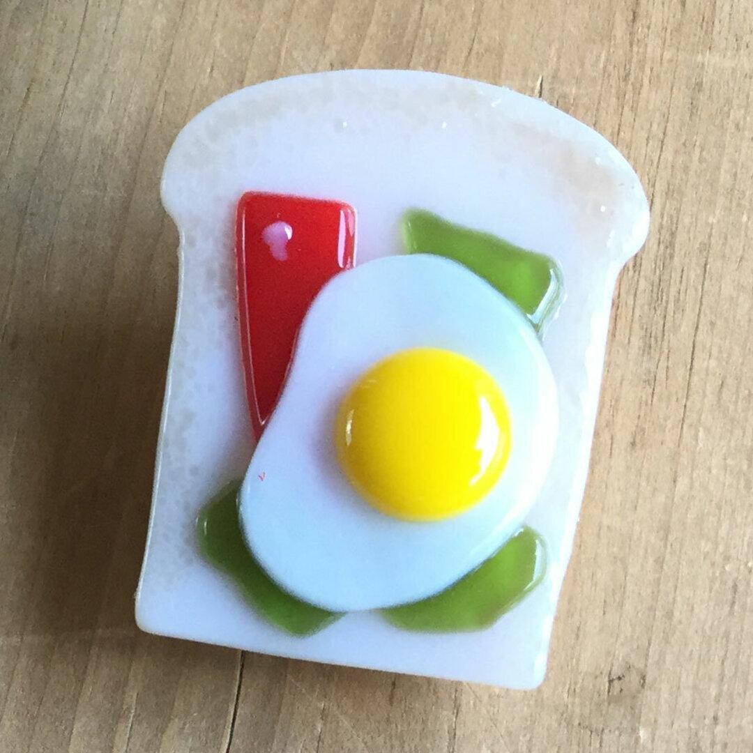 〈ガラス製〉トーストマグネット