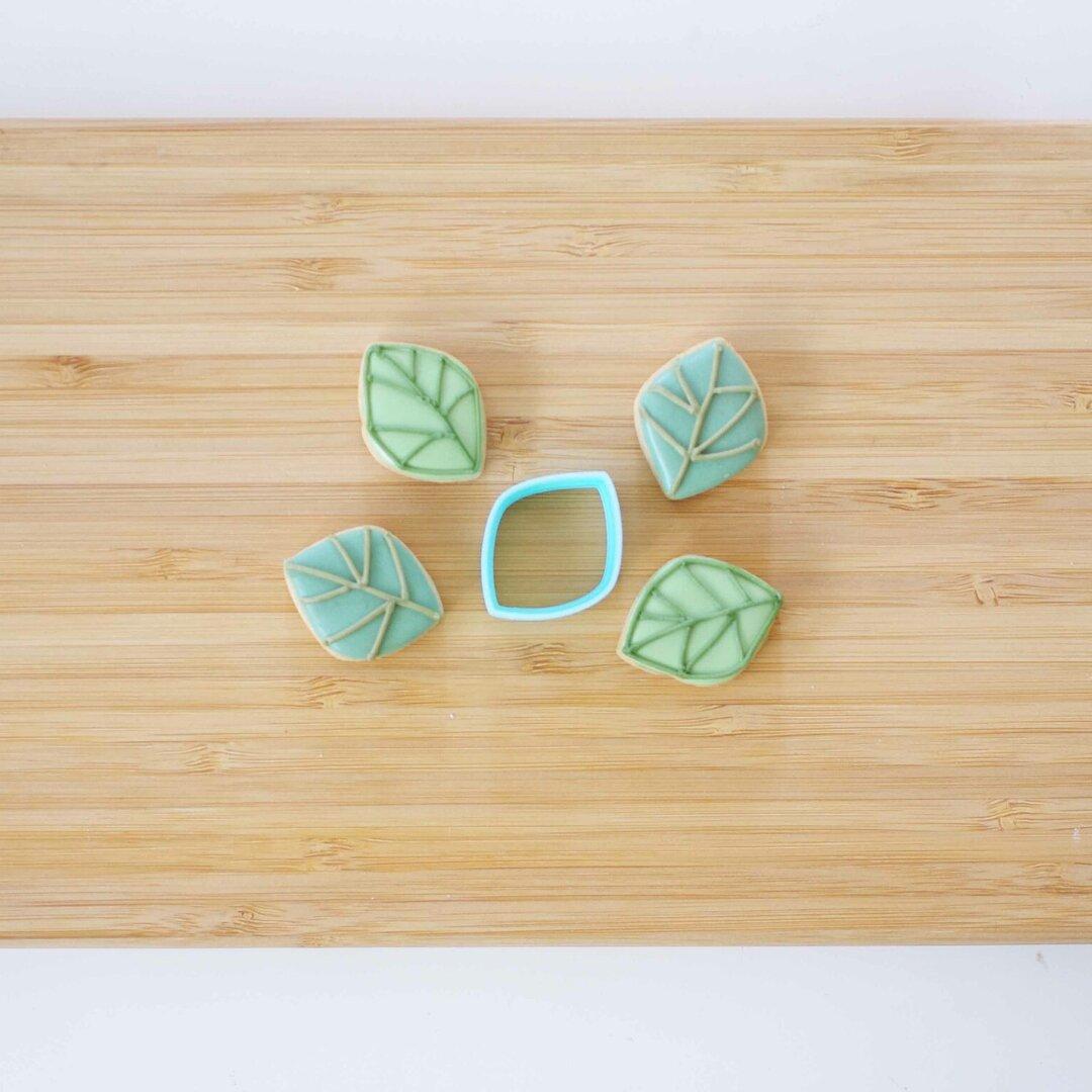 北欧花鳥シリーズ リーフのクッキー型