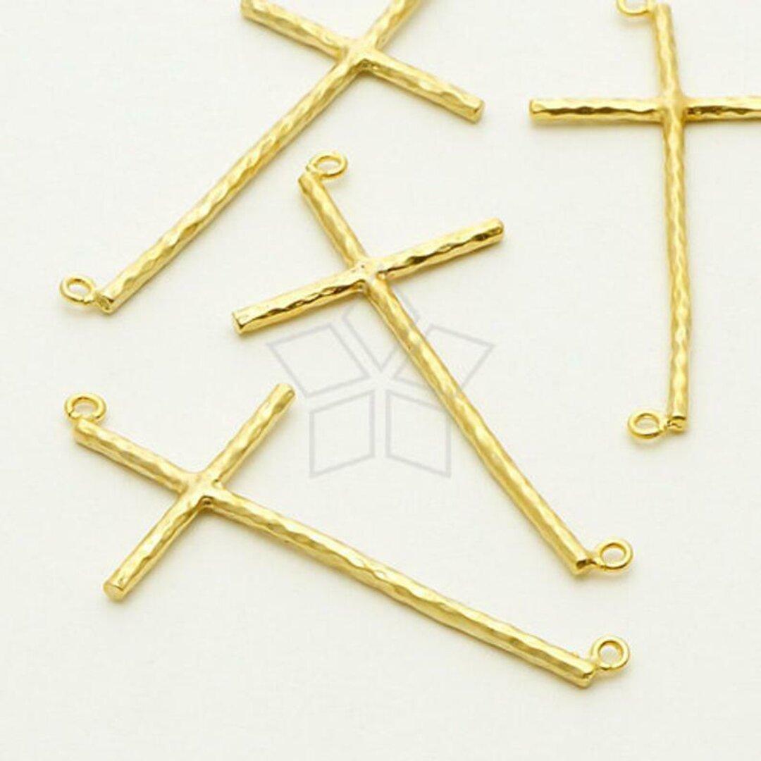 【1個入り】スキニークロスチャーム、十字架ペンダント、細長、キリスト、マットゴールド/PD-617-MG