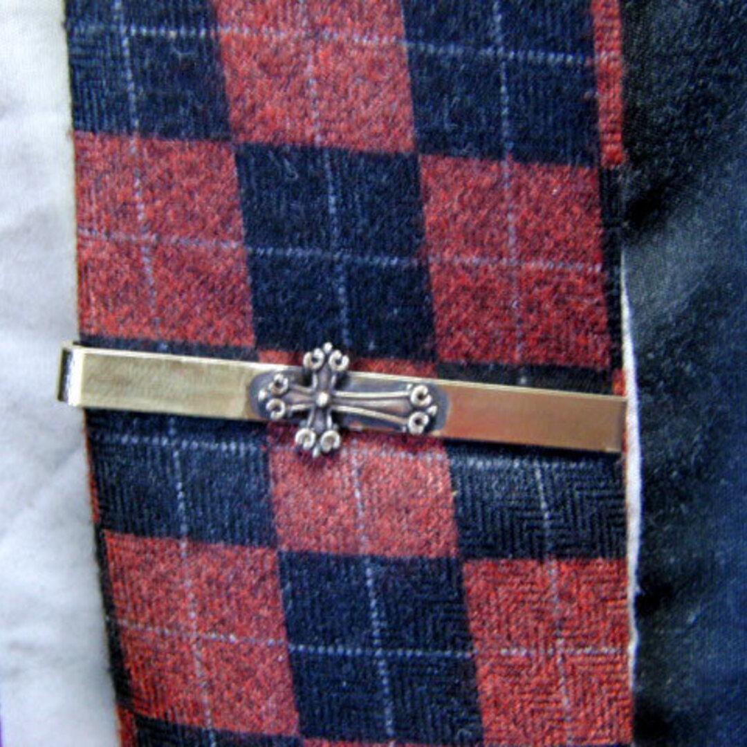 真鍮ブラス製 ミニクロス/十字架型ネクタイピン(タイバー)1個 ネクタイ・ポケットの飾りに