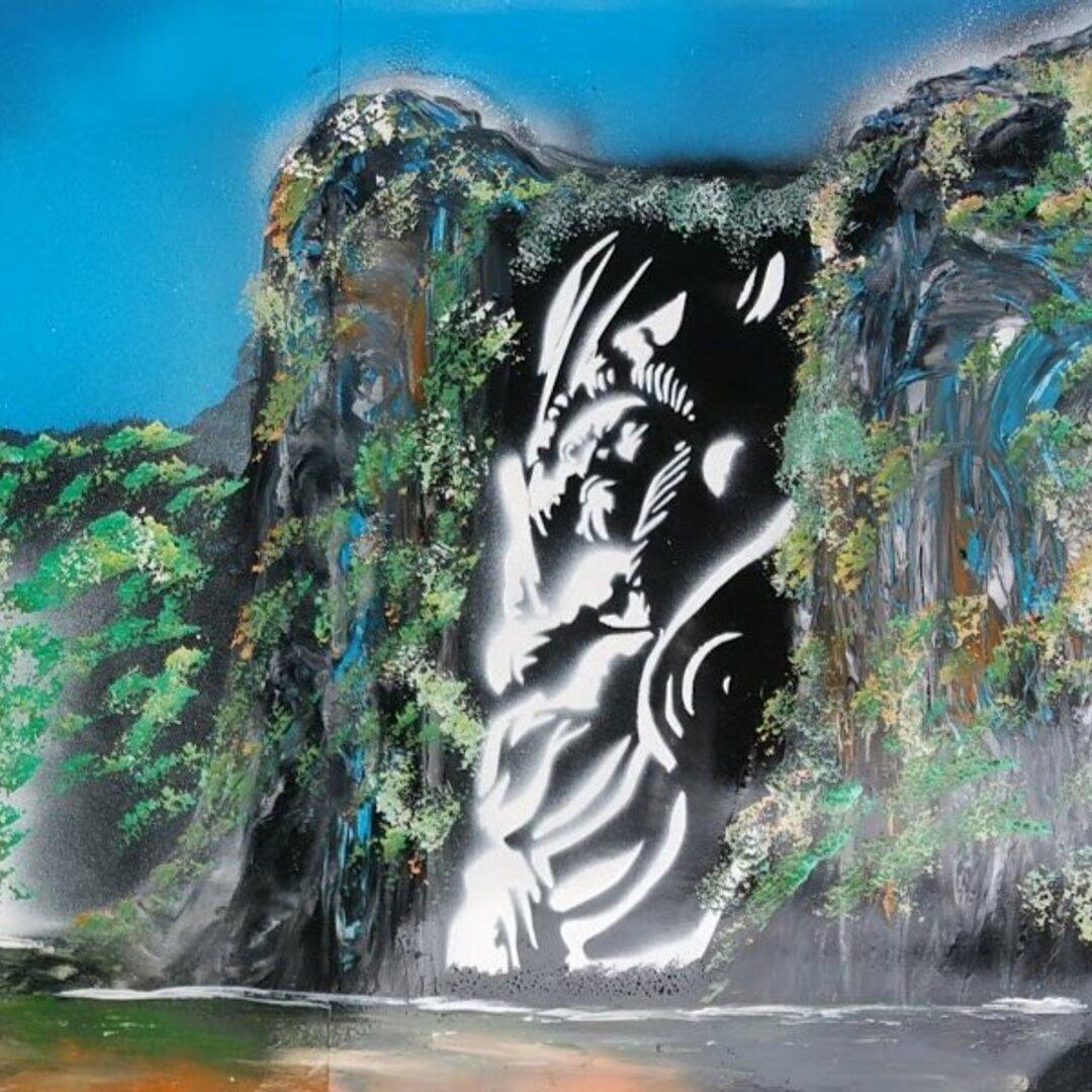 不動明王と滝