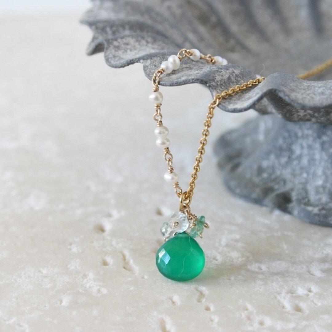 グリーンオニキスと天然石のネックレス|vivace