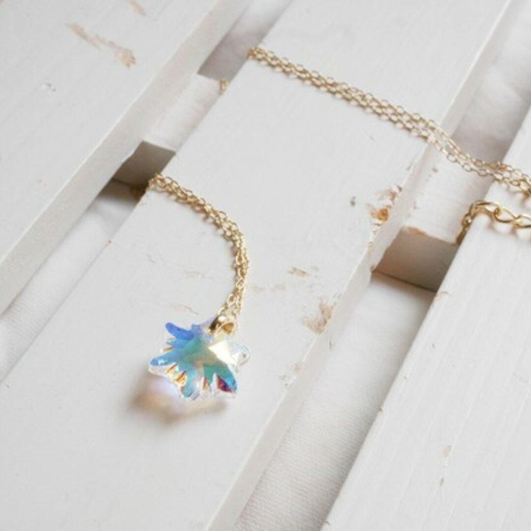 雪の結晶&エーデルワイスのスワロフスキーのネックレス