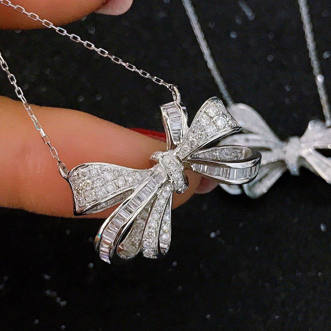 リボンモチーフ 天然ダイヤモンドネックレス0.65ct k18