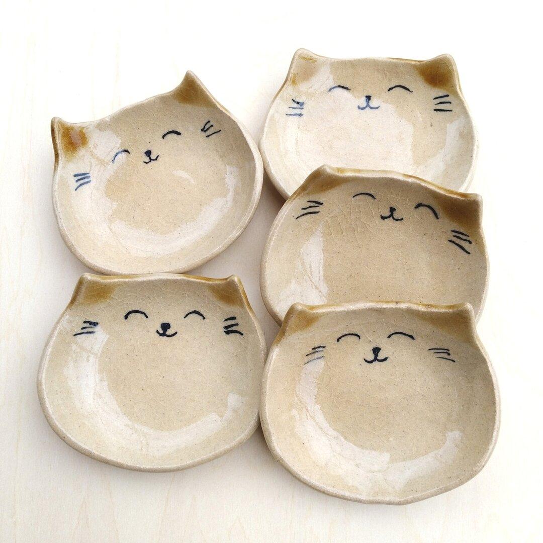猫のにこにこ豆皿