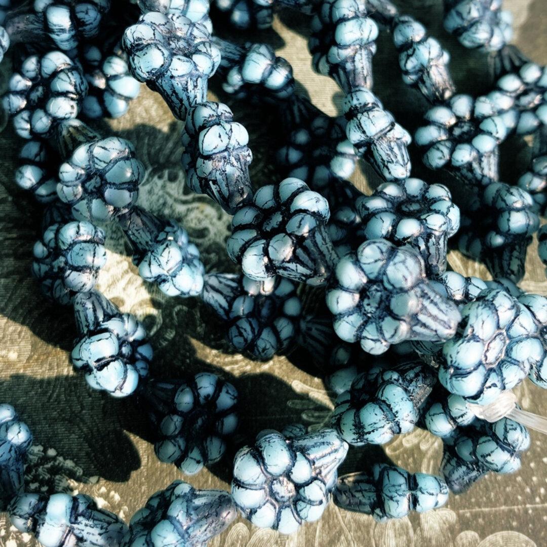 【10コセット】JIRI*IVANA#czech beads#チェコビーズflower13✖️11㎜ ultra light blue/black