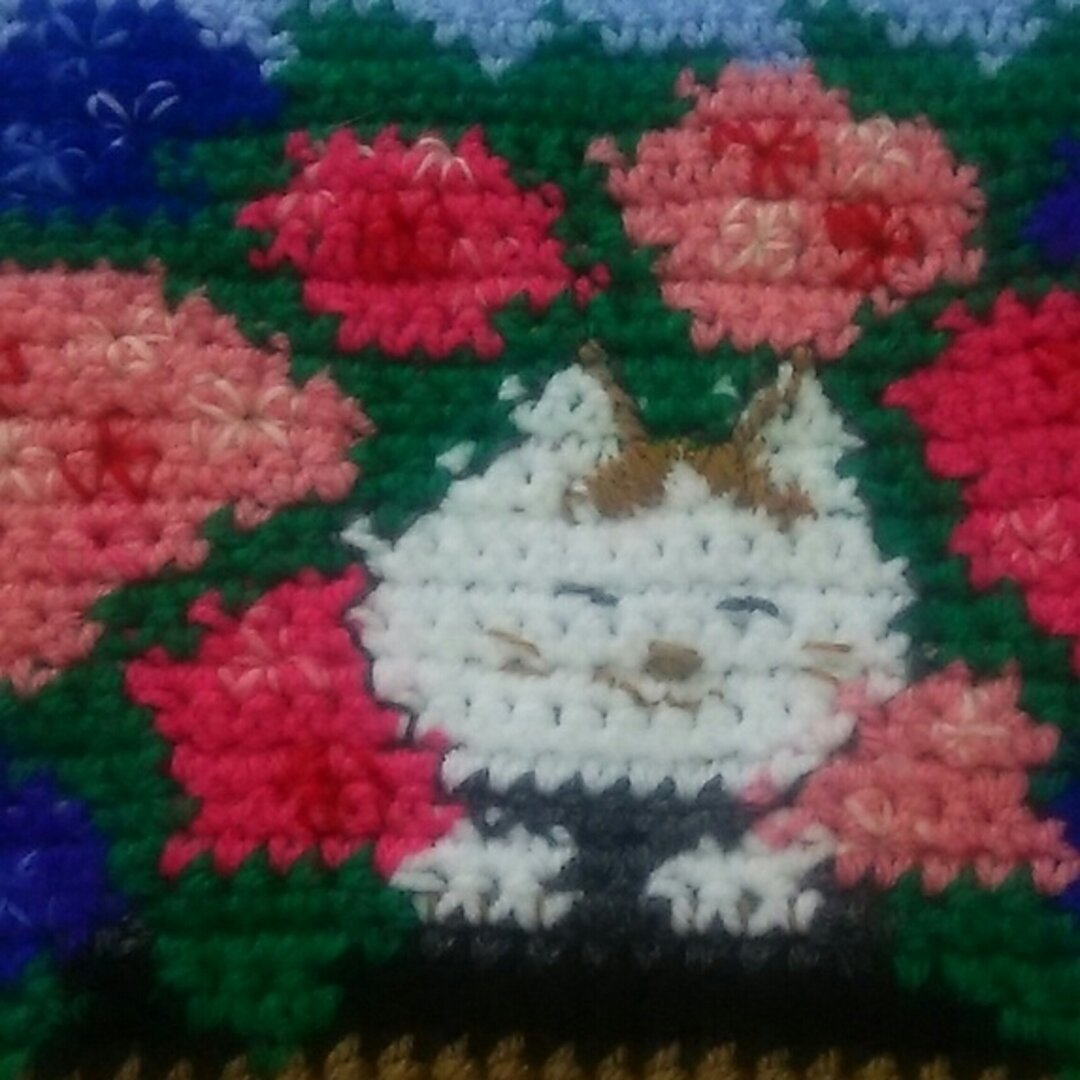 お花と猫😺のマット(モデルはレオちゃん)