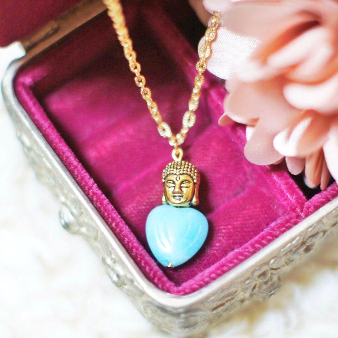 「希望の石」アマゾナイトと大仏さまのネックレス
