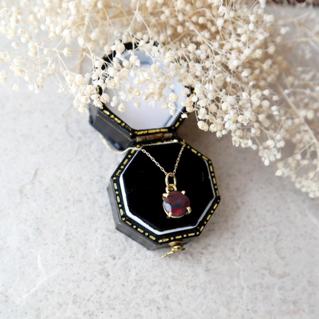 【K10】エチオピア産宝石質ブラックオパールの一粒ネックレス *10月誕生石