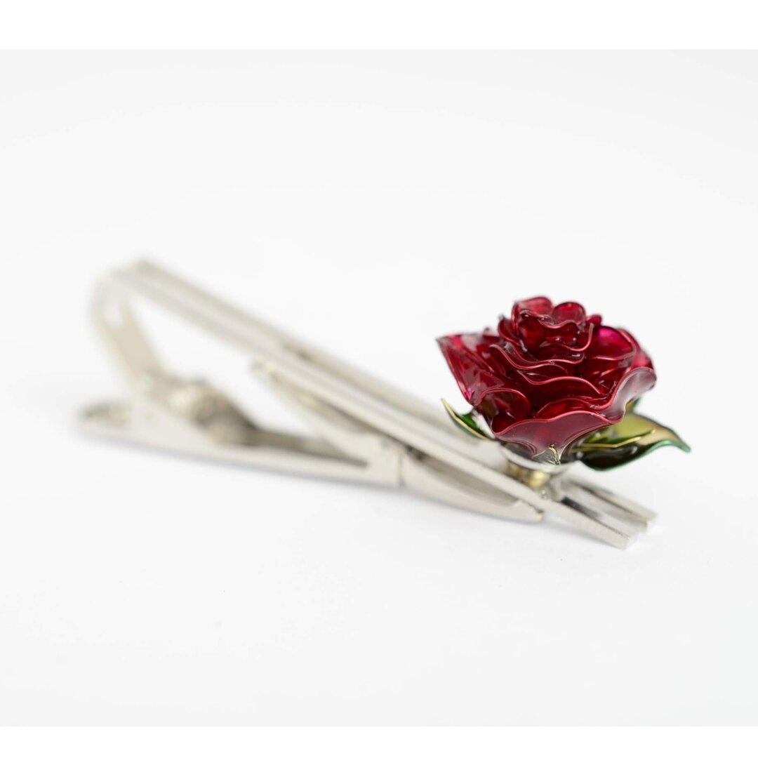 一輪の薔薇のネクタイピン