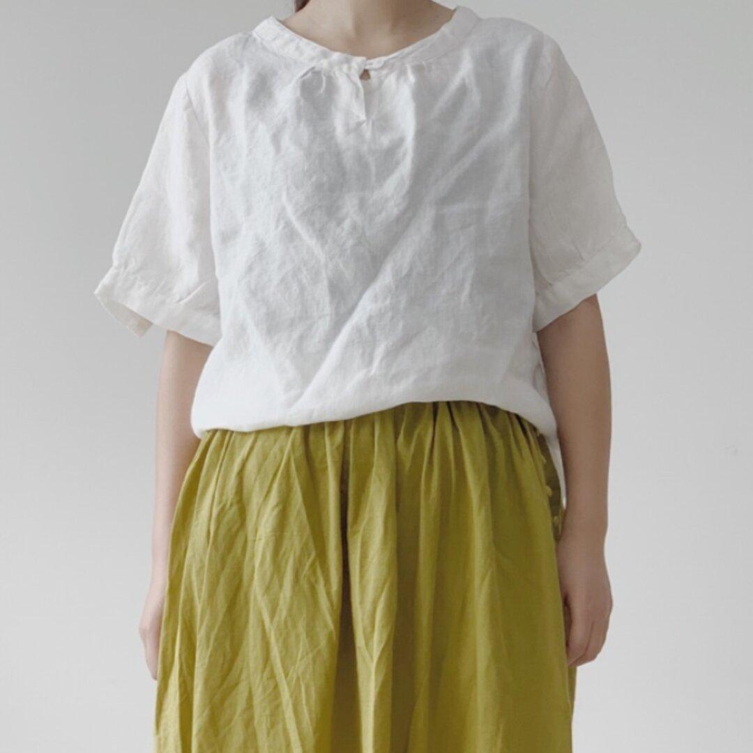 New【カジュアル 】リネンホワイト半袖Tシャツ~ブラウス  トップス ゆったり