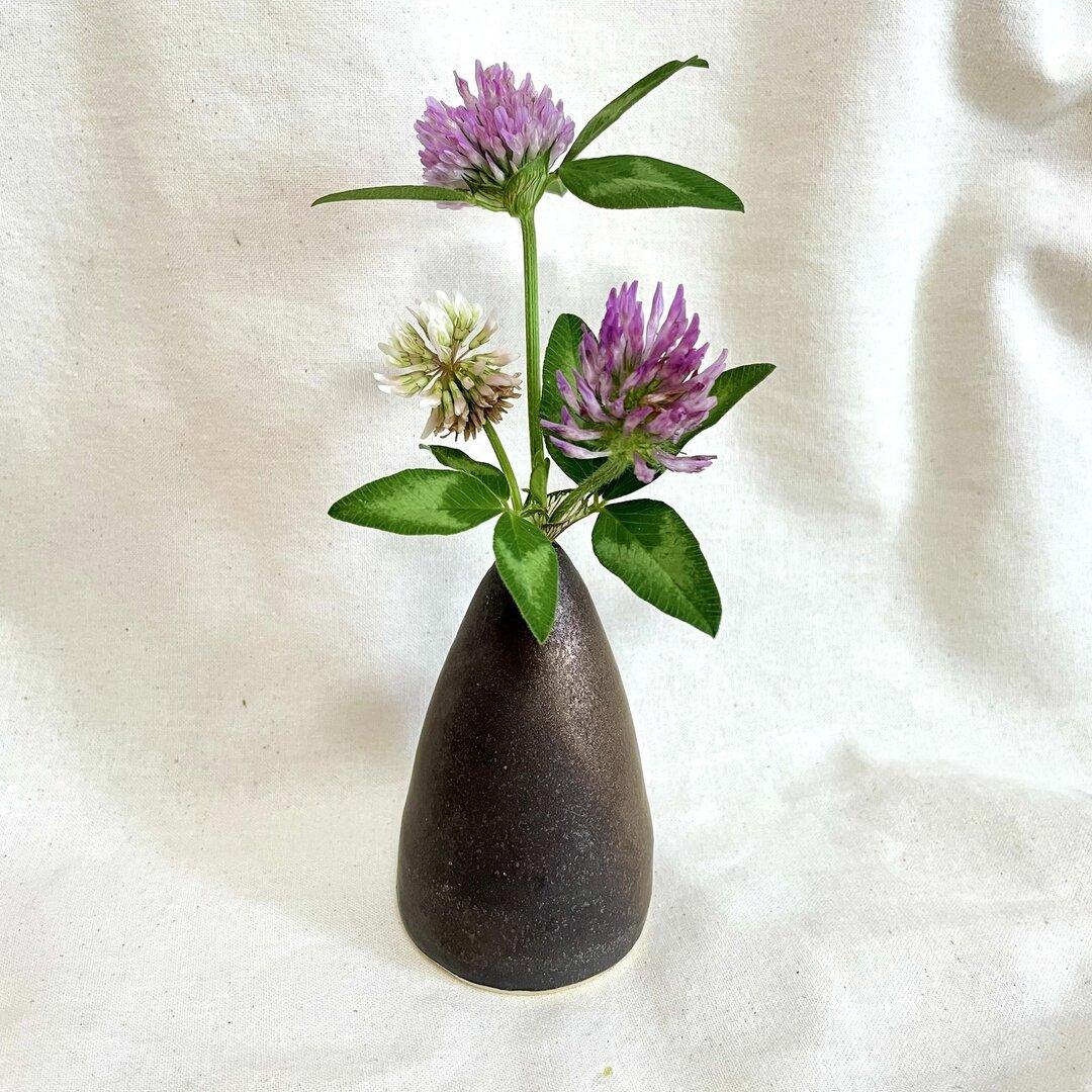 ブロンズのようなキラキラした花瓶 一輪挿し / フラワーベース / 陶器