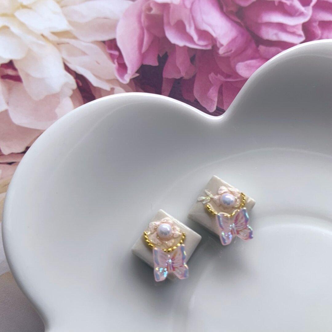 夢色蝶とお花のピアス