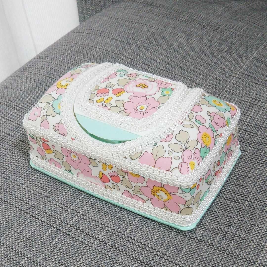 【送料無料】ウェットティッシュケース  デコ  リバティ  ベッツィ  ピンク
