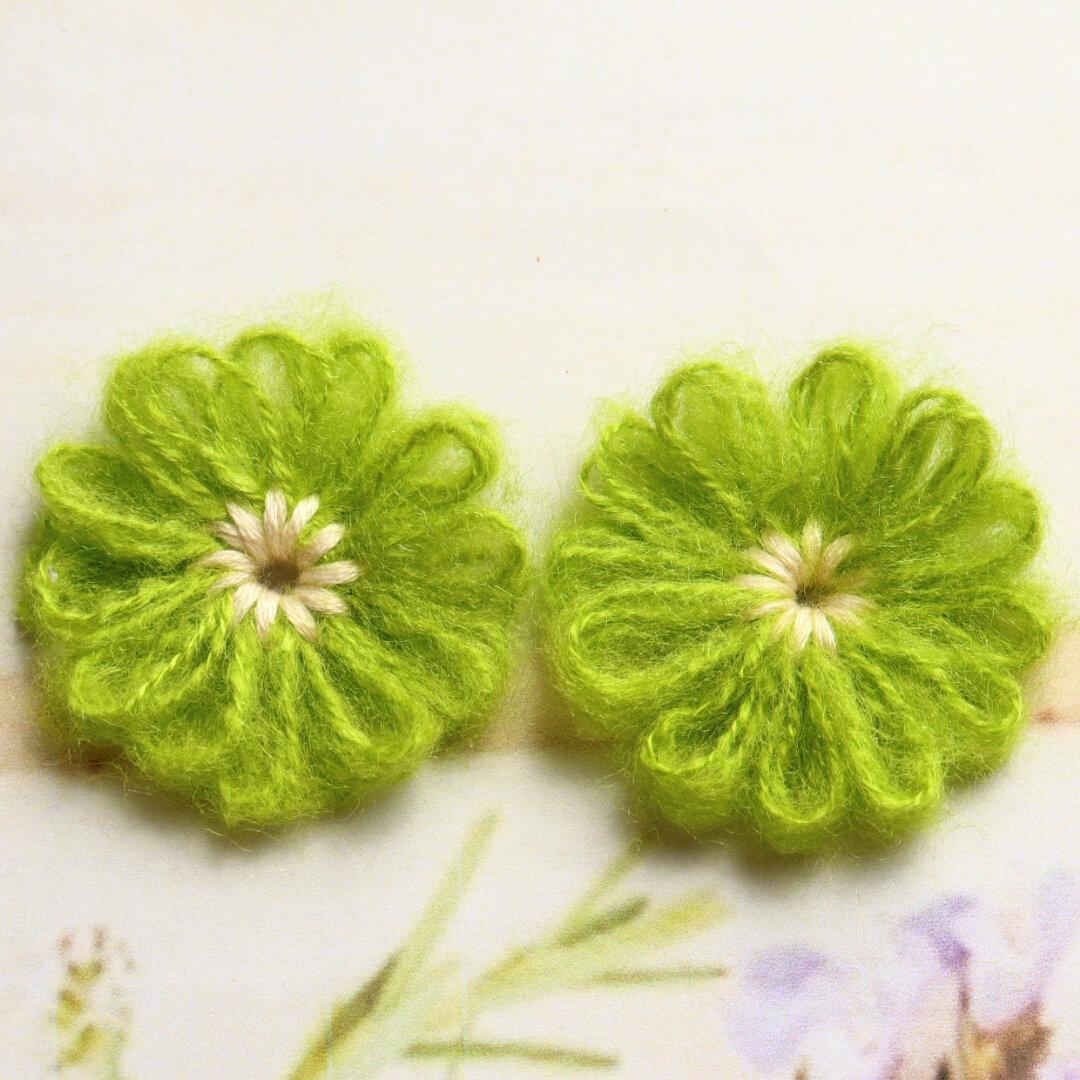 毛糸のお花 かぎ針編み グリーン