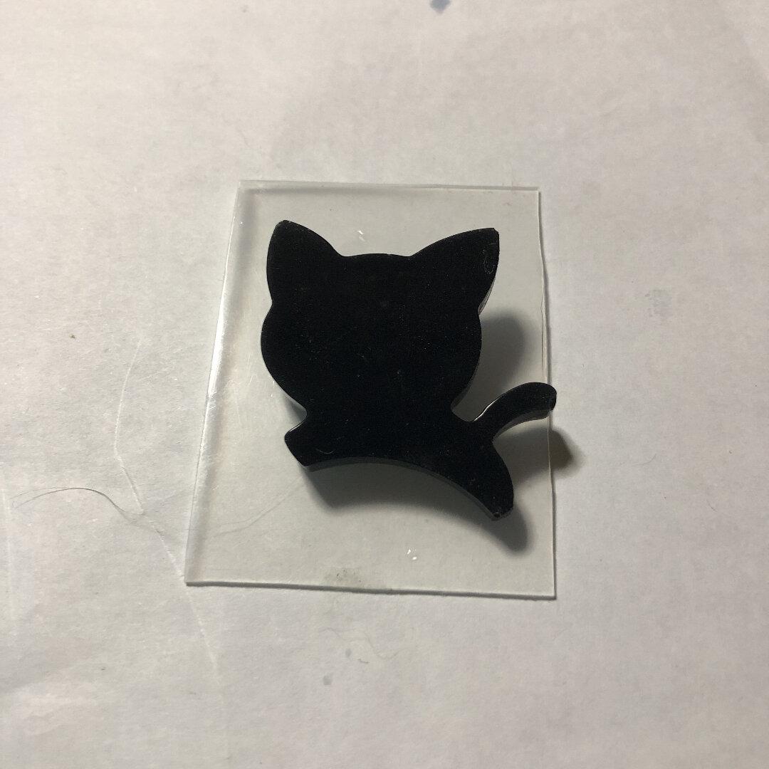 黒猫ブローチ レジンクラフト
