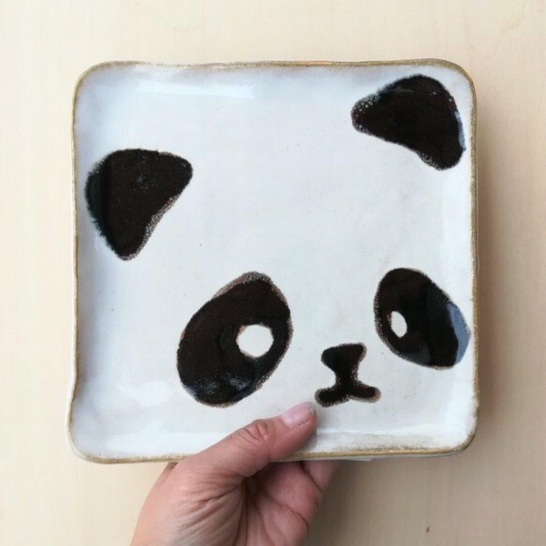 ピータンハウスのパンダ皿 大 黒
