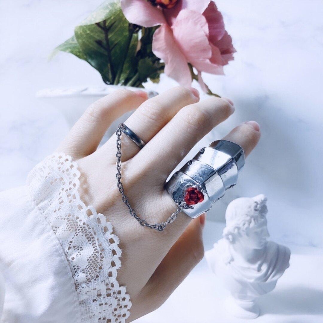 薔薇のアーマーチェーンリング / アーマーリング 地雷 メンヘラ ゴシック 病みかわいい 推し バラ アクセサリー リング ブランド 指輪 シルバー  サイズ オーダー 調整 指輪 メンズ 闇 強い女