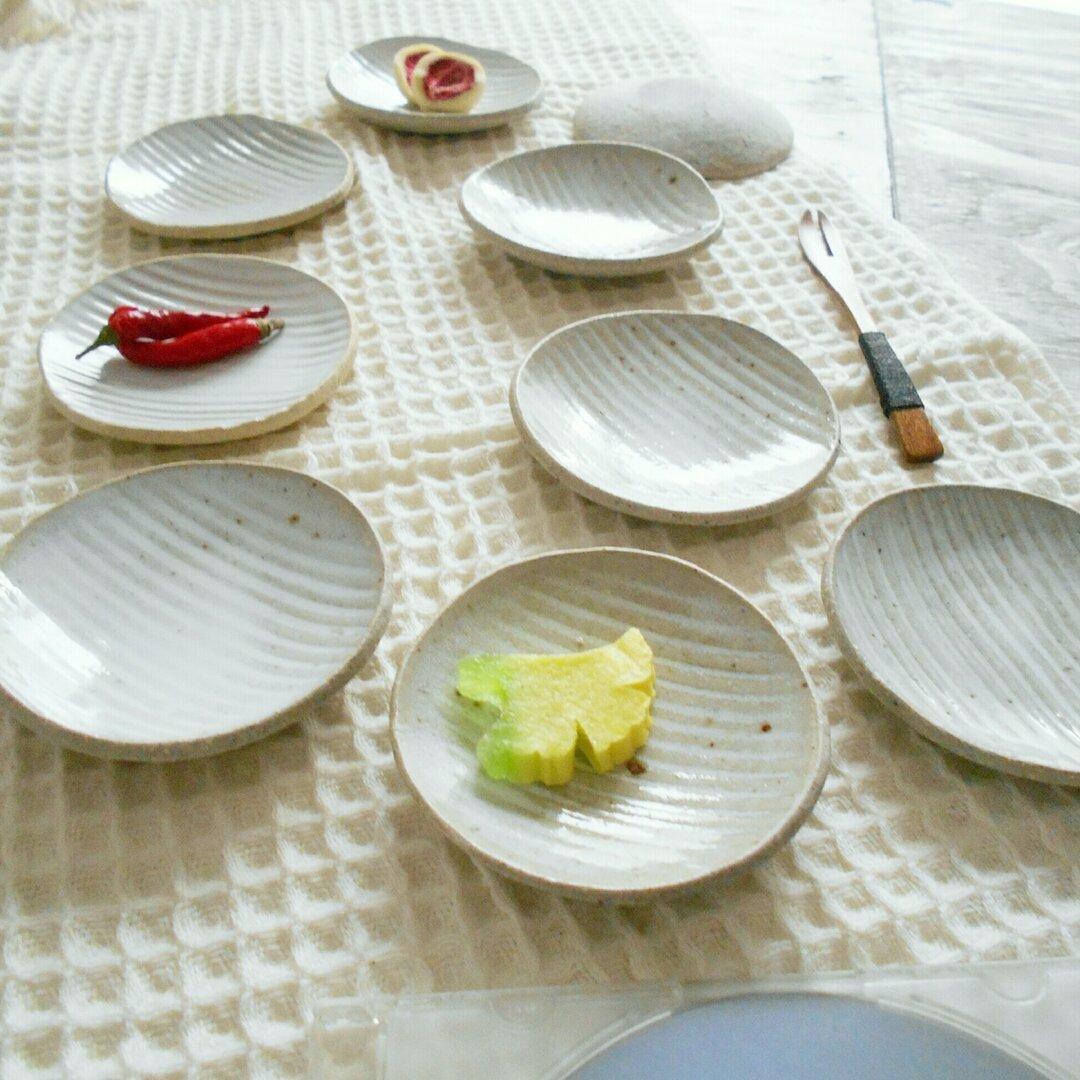 再販 縞(しま)の豆皿 鎬(しのぎ)豆皿 口径約9㎝