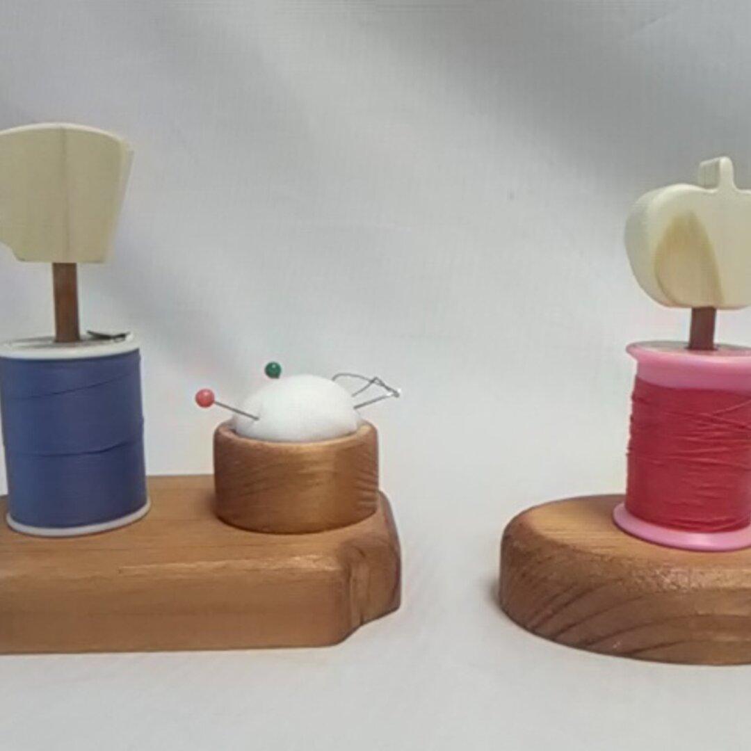 モチーフ付糸立て(ピンクッション付)とミニ糸立てのセット