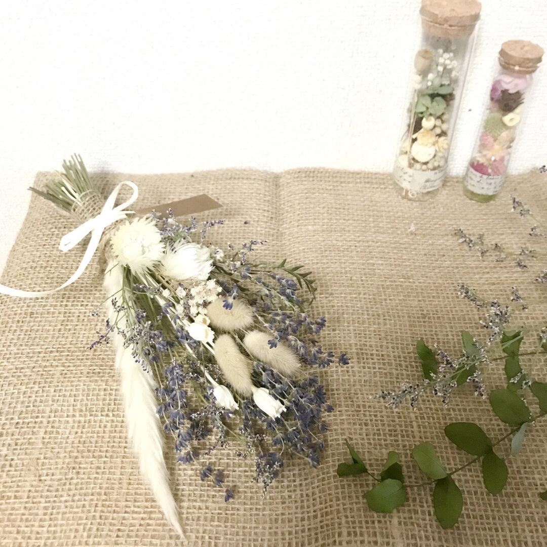 シルバーデージーとラベンダー癒しの香り*ドライフラワーナチュラルスワッグ*富良野産おかむらさき