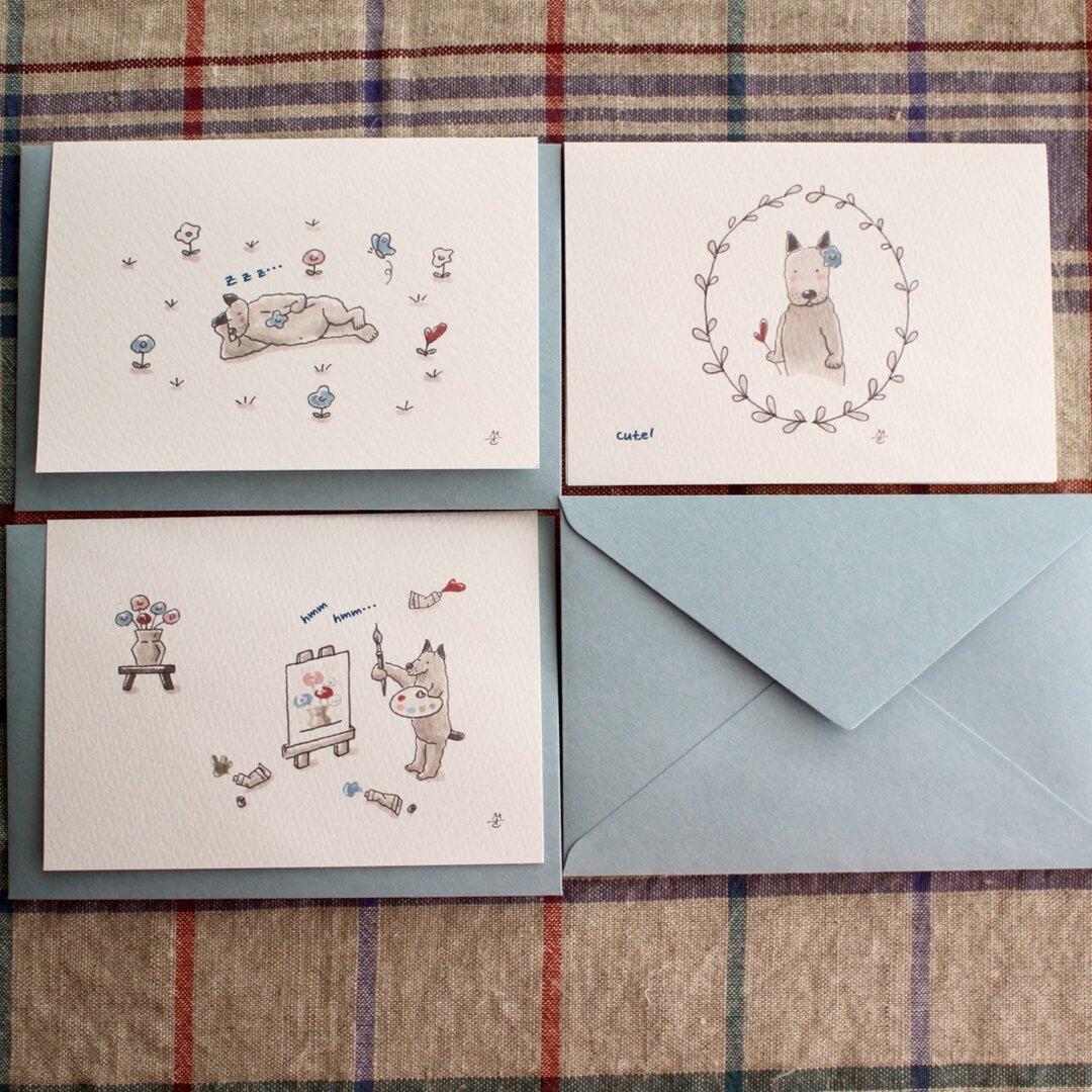 おとぼ犬(おとぼけん)の「お花を摘んでスケッチ」         二つ折りギフトカード3枚セット