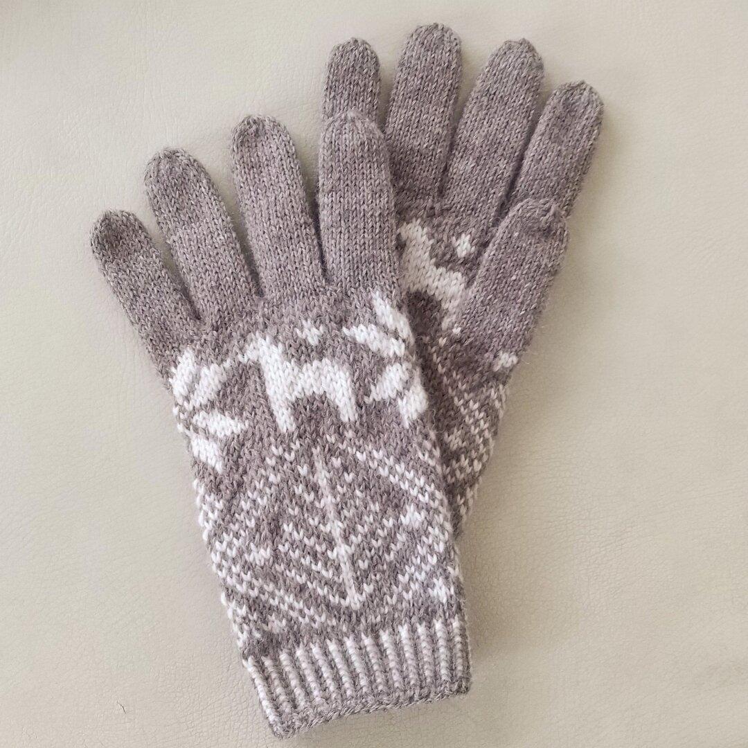北欧柄の編み込み手袋(グレーブラウン)