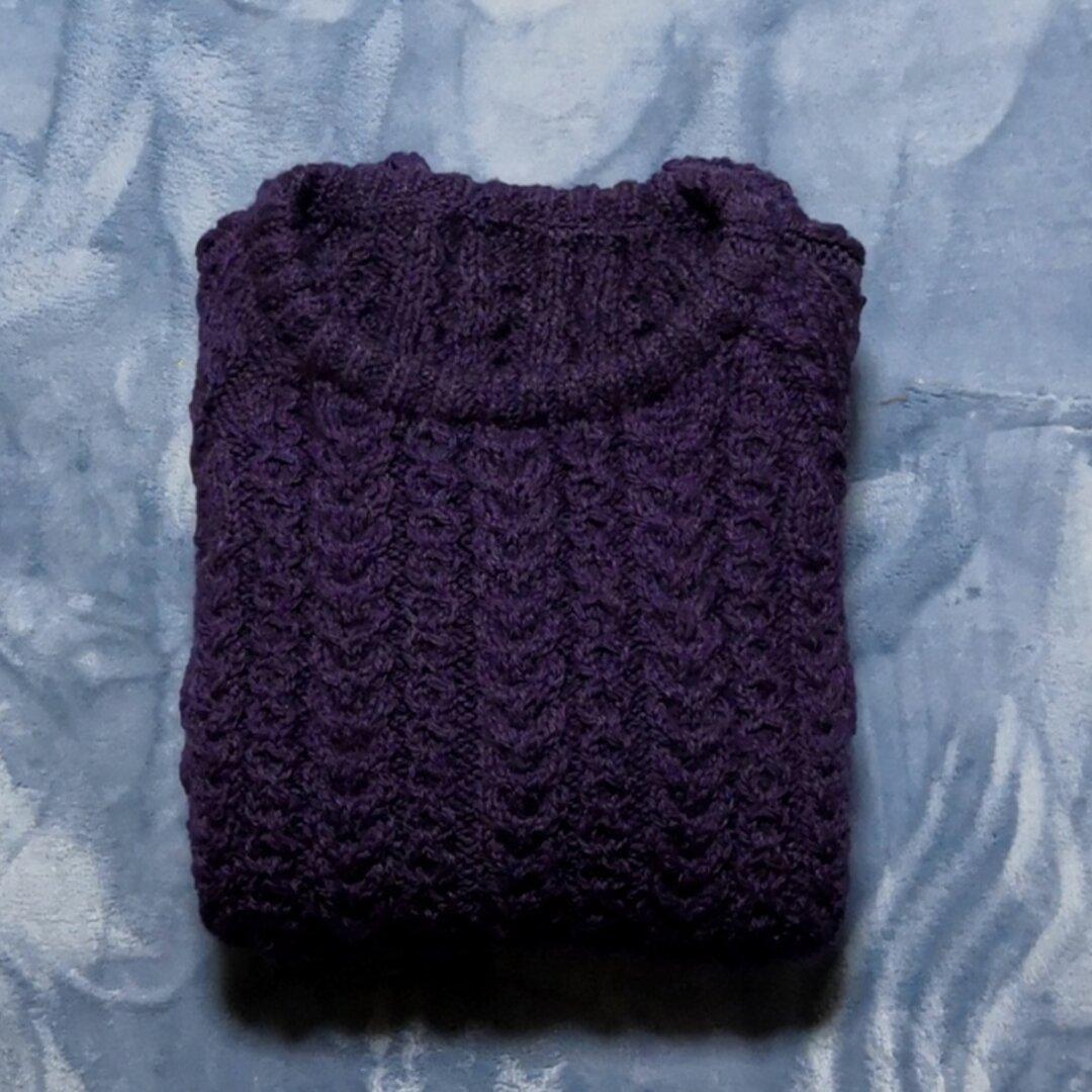 手編みニット ラグランスリーブのアラン模様      大きめサイズセーター 紫