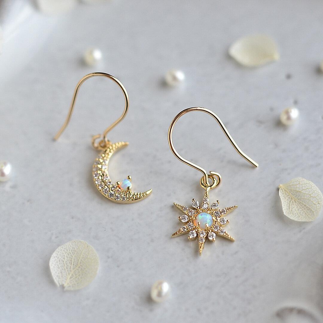 14kgf★Created Opal 月と星のピアス