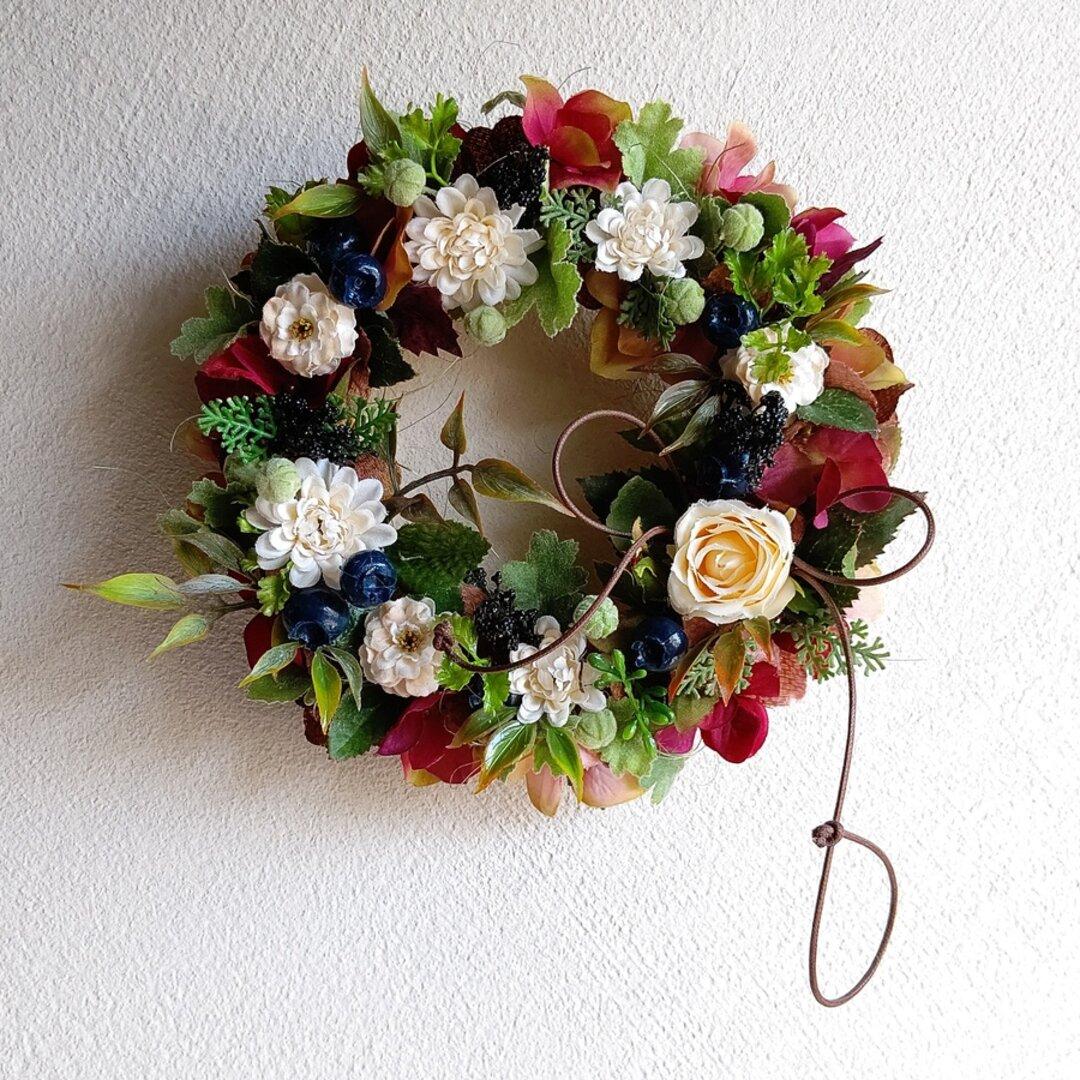 cream & berry wreath