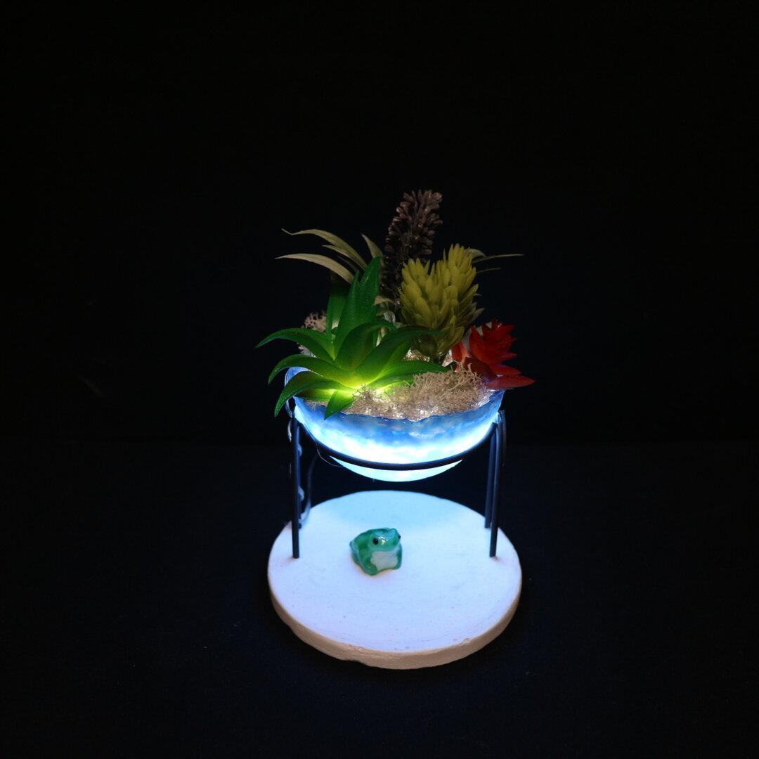 フェイクグリーンの寄せ植えランプ