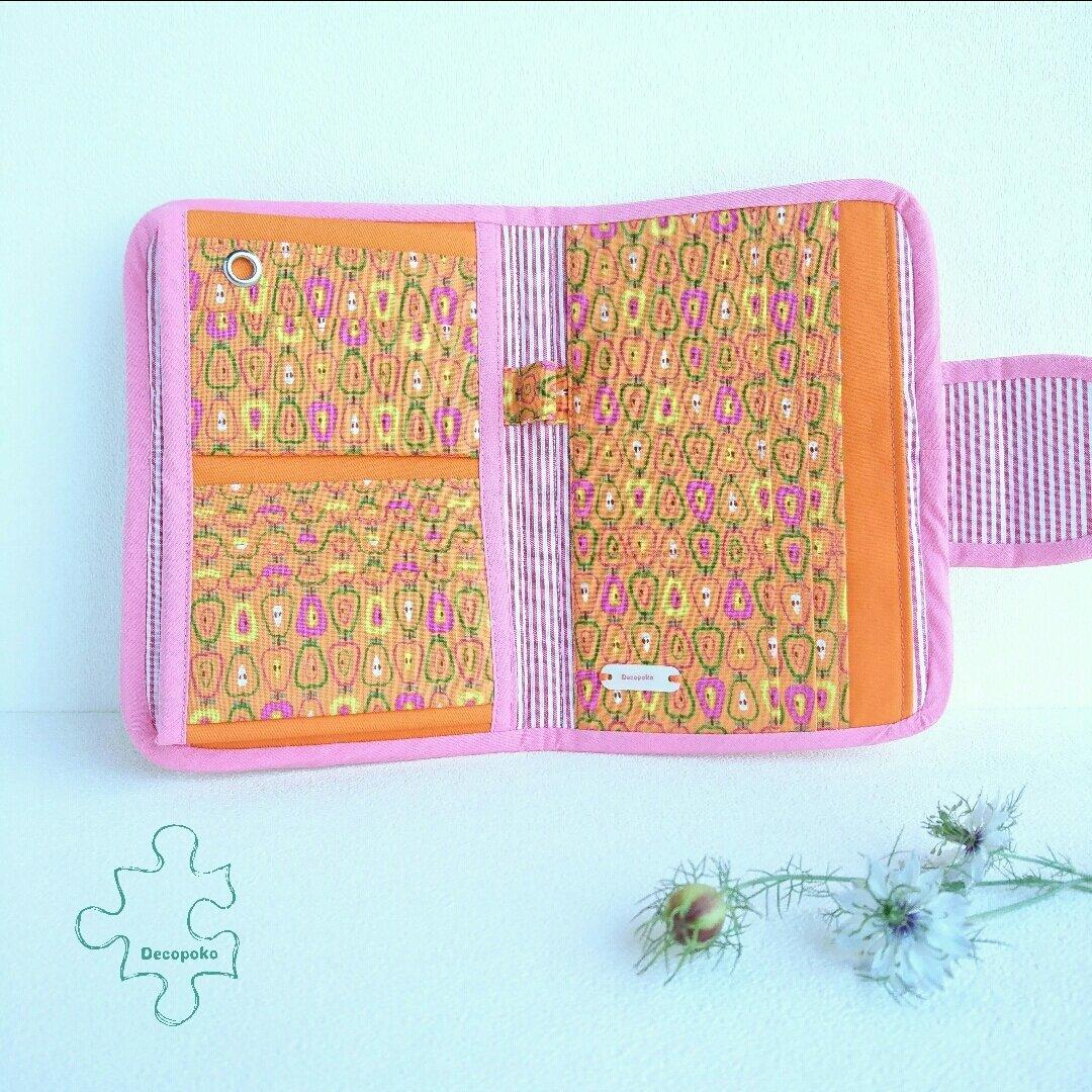 外向きポッケのマルチケース × オレンジ色りんごさん【送料無料】*便利なバッグインバッグ*