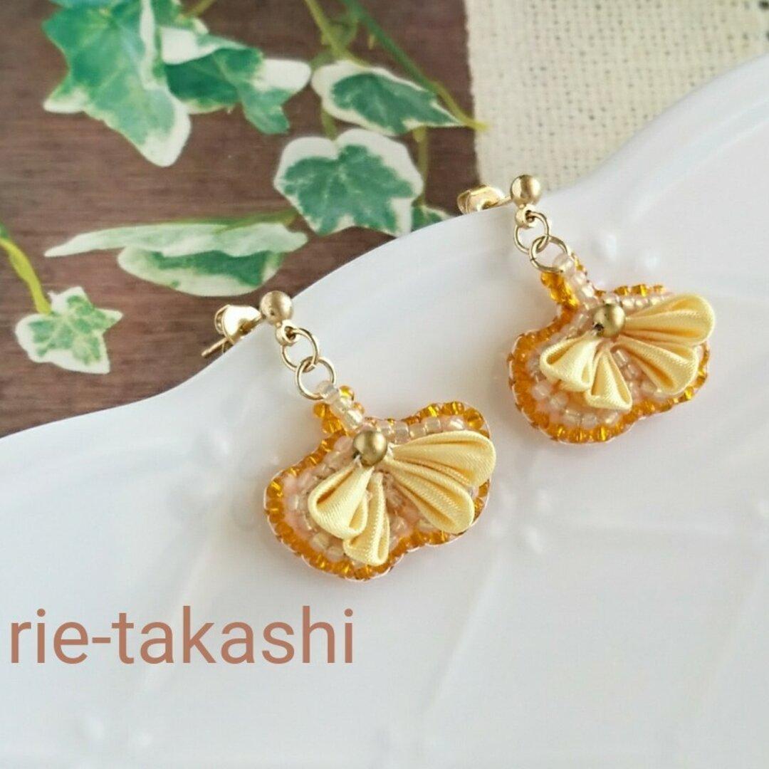 秋   一片の銀杏つまみ細工とビーズ刺繍のピアス