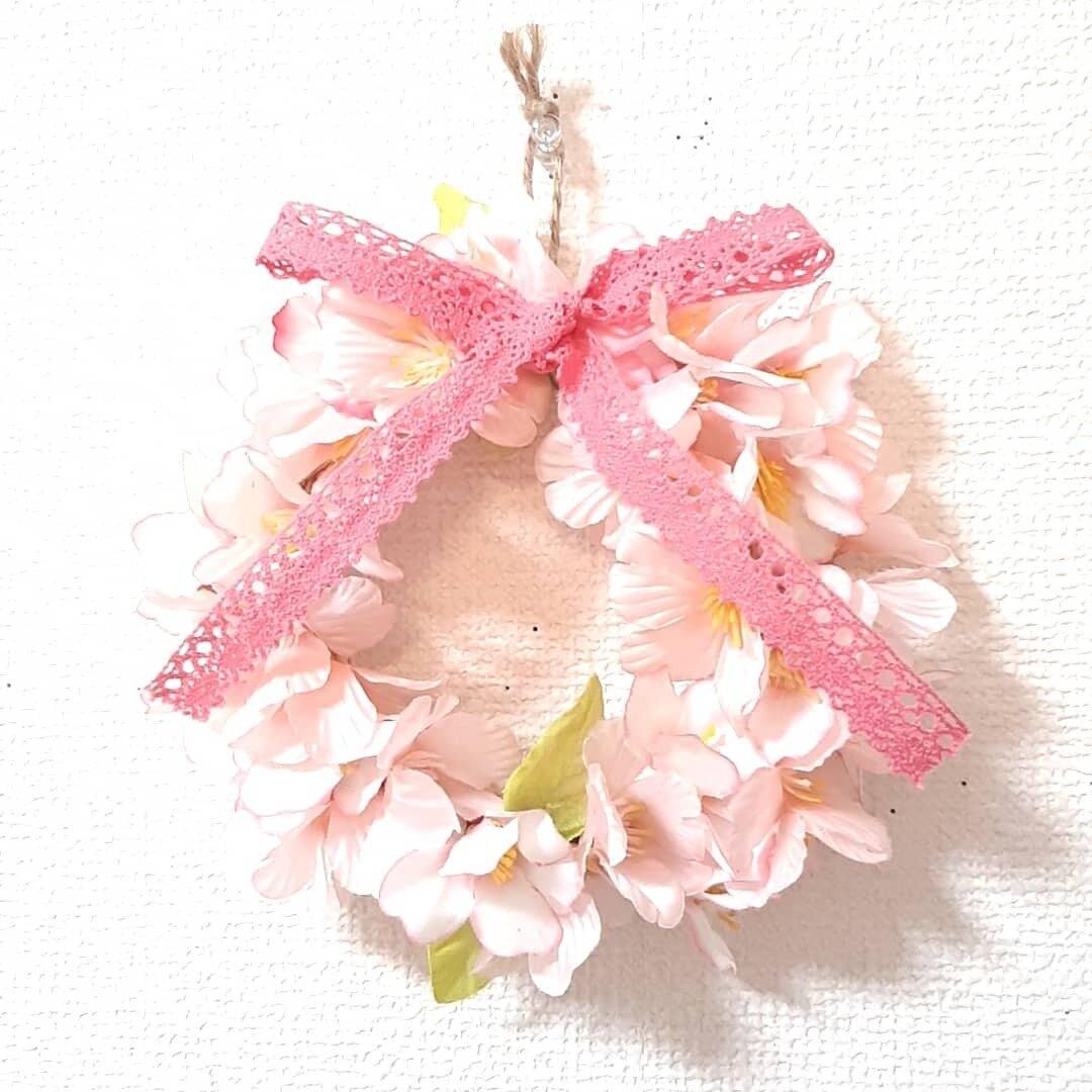 桜のリース 直径12cmのリース土台使用