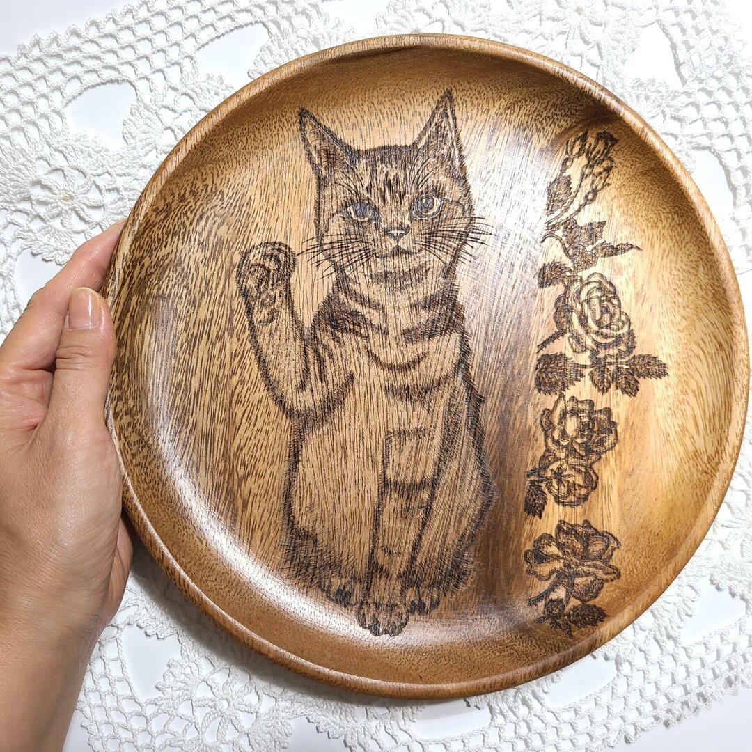 beckoning cat and roses 【尊敬する方への贈り物】