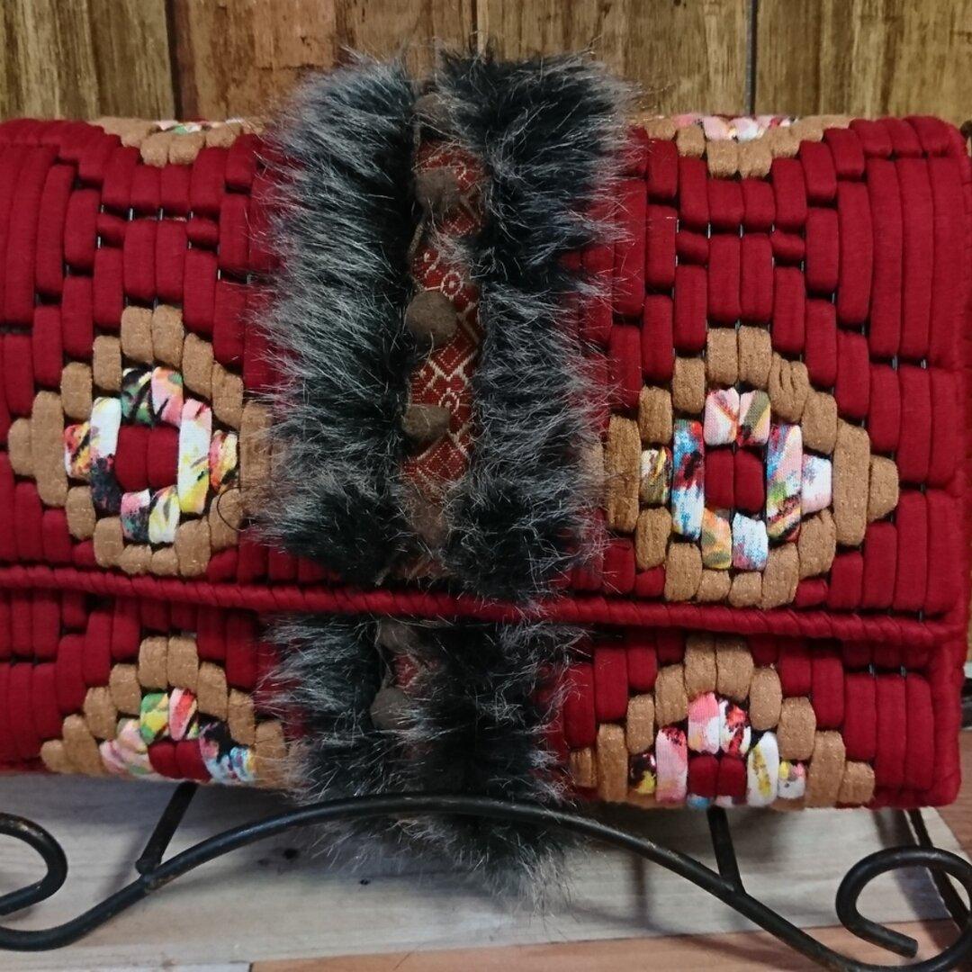 ネット編みファー付きショルダーバッグ