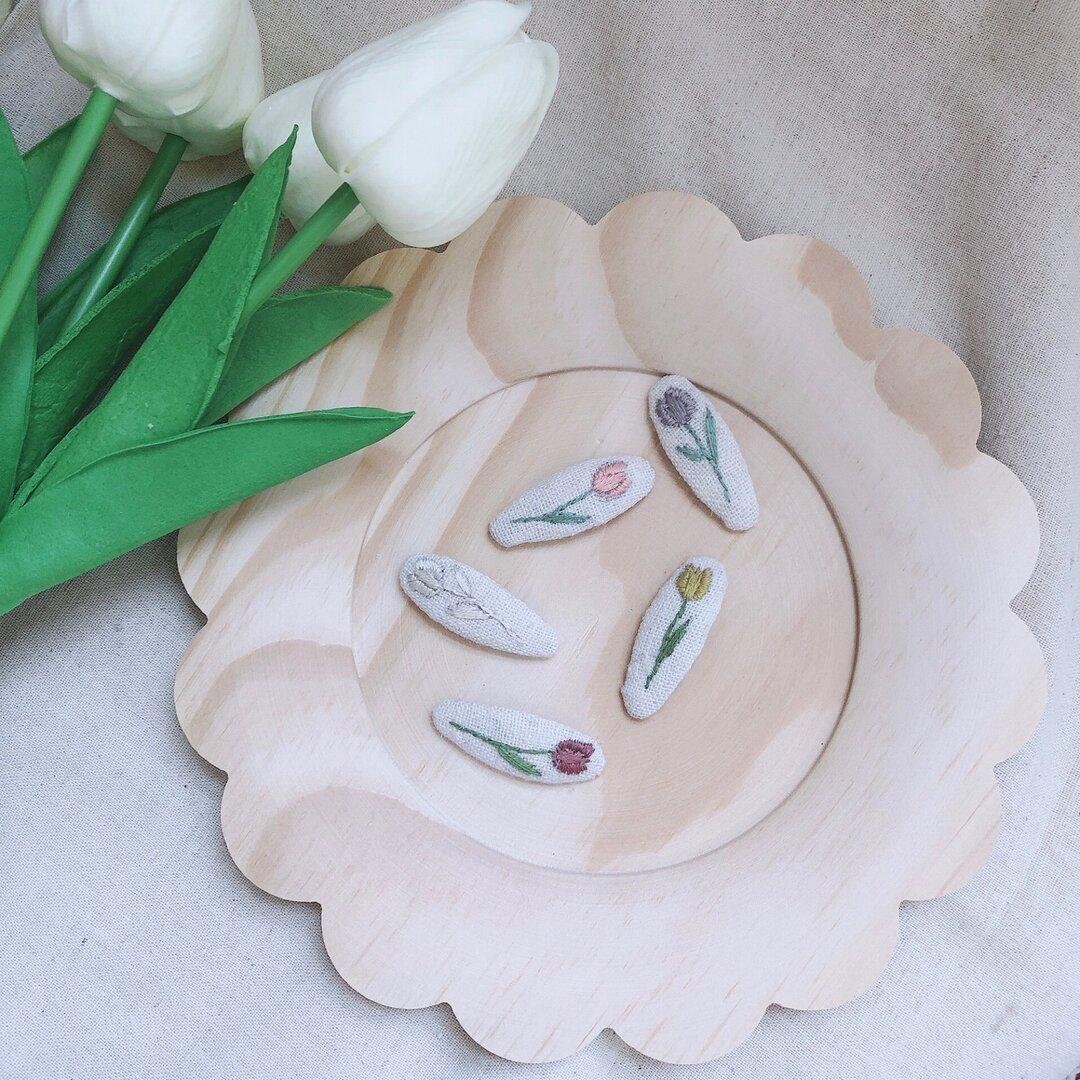 チューリップ刺繍ヘアピン
