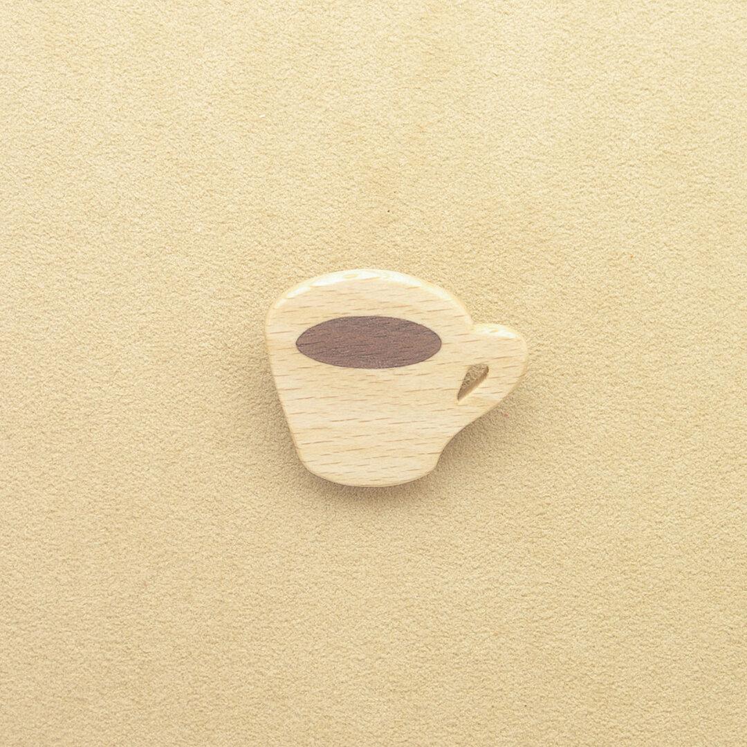 コーヒーカップのブローチ