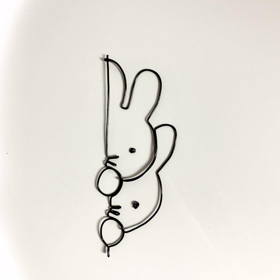 のぞきウサギ ワイヤークラフト