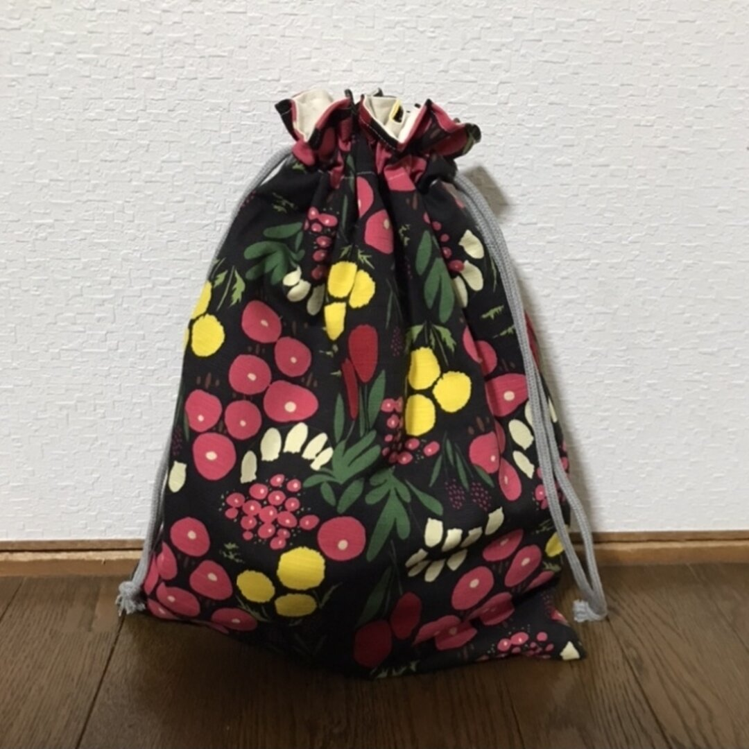 北欧 お花がいっぱいお着替え袋