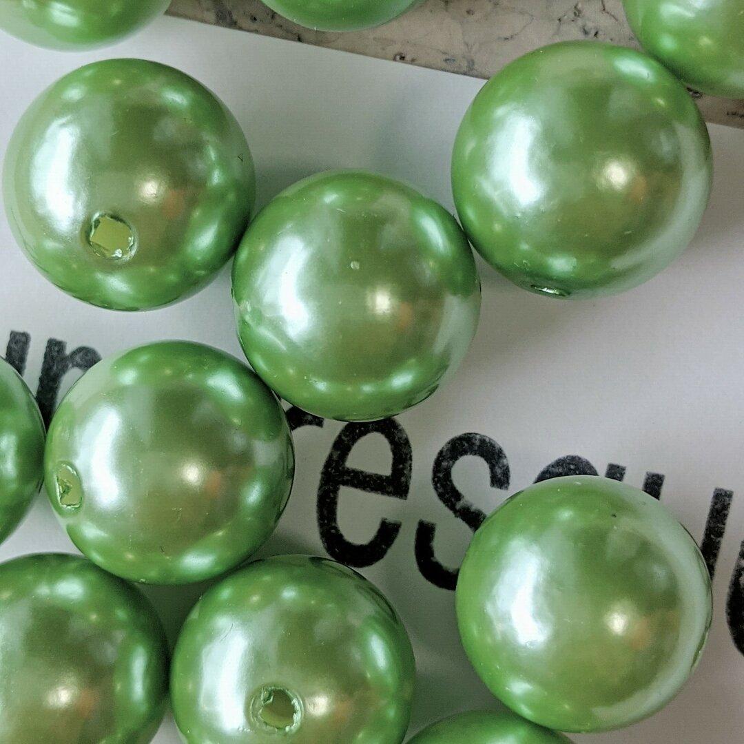 12個チャンキーアクリルパールビーズ ライトグリーン