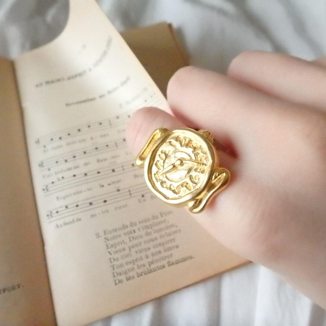 文字盤が可愛い 時計ボタン リング