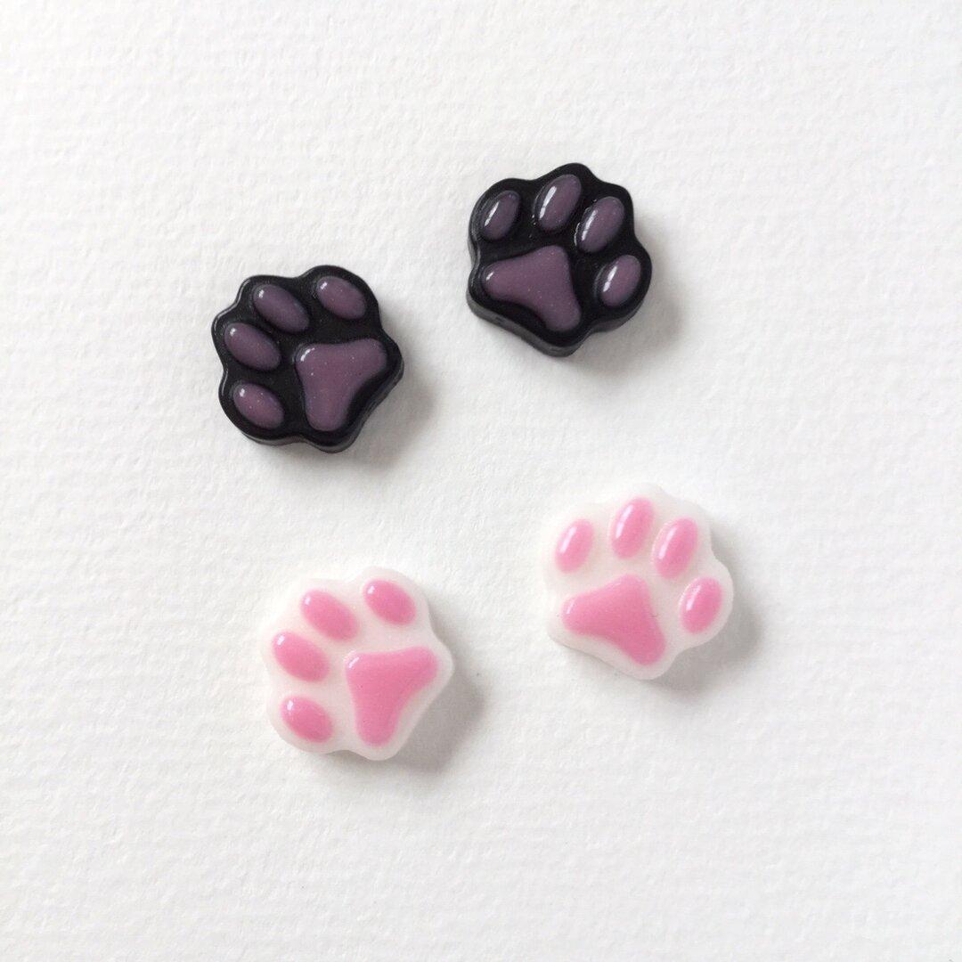 猫の肉球ピアス ☆黒猫・白猫☆