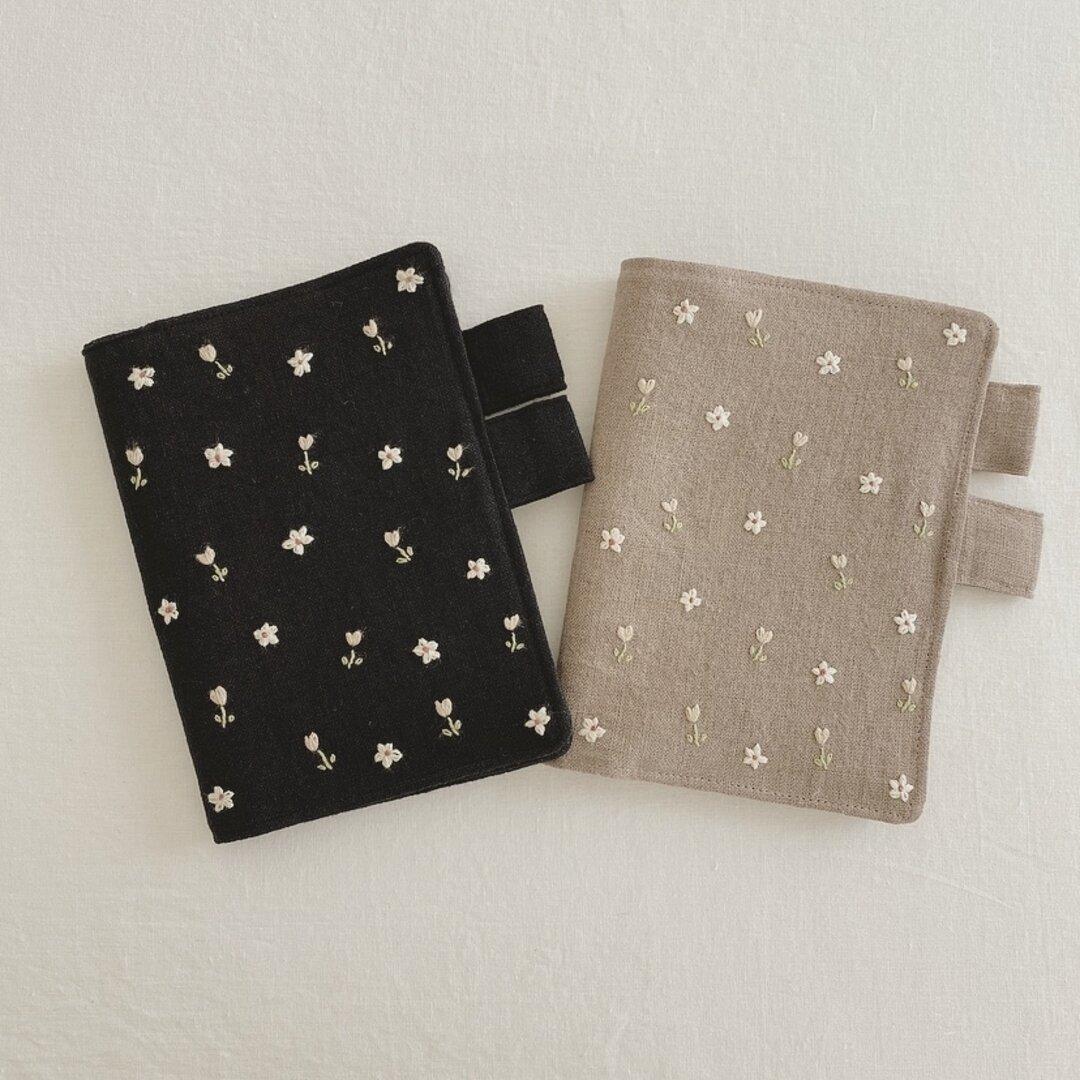 【受注制作】小花刺繍のほぼ日手帳カバー リネン ブックカバー