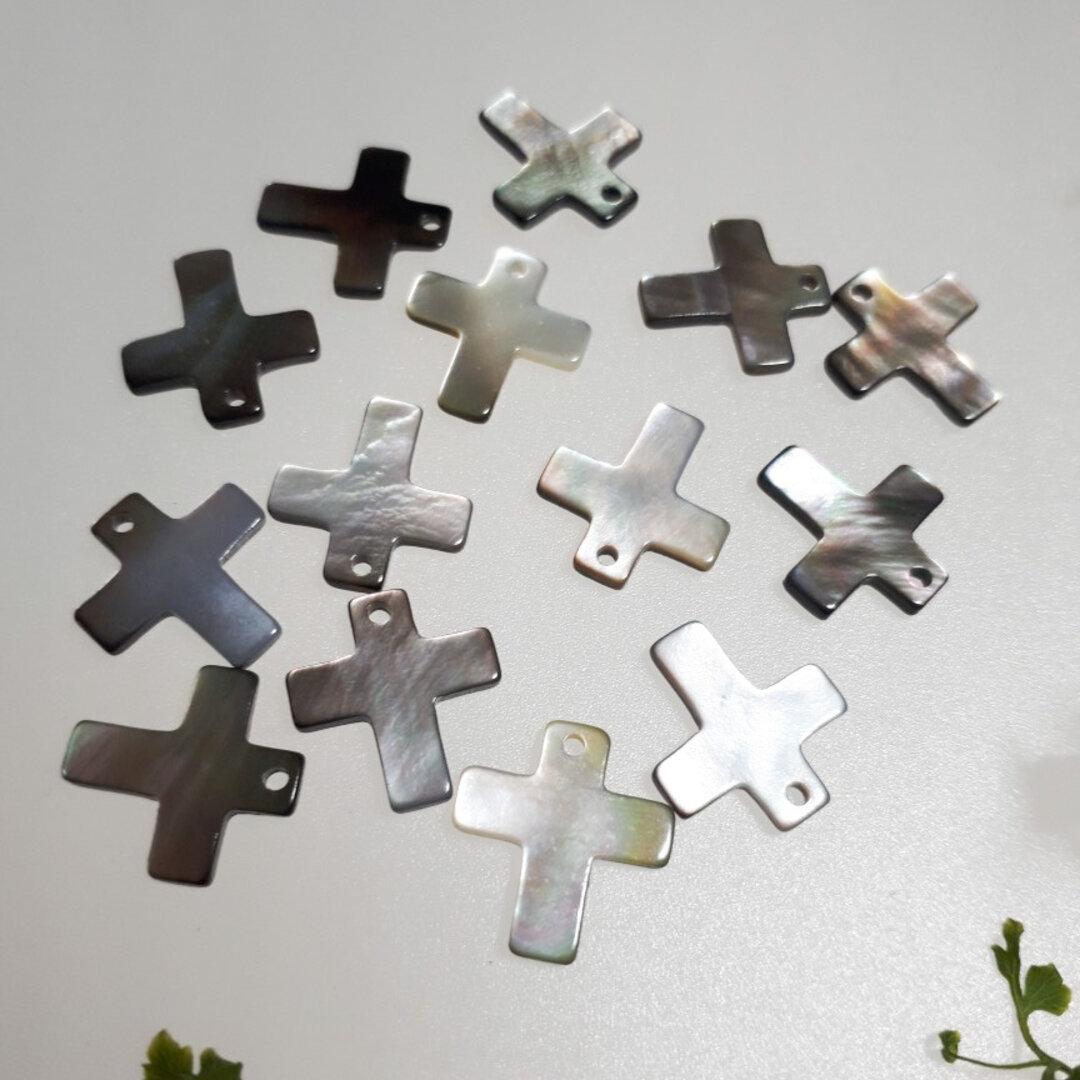 ブラックシェルの十字架 1セット 2個 500円