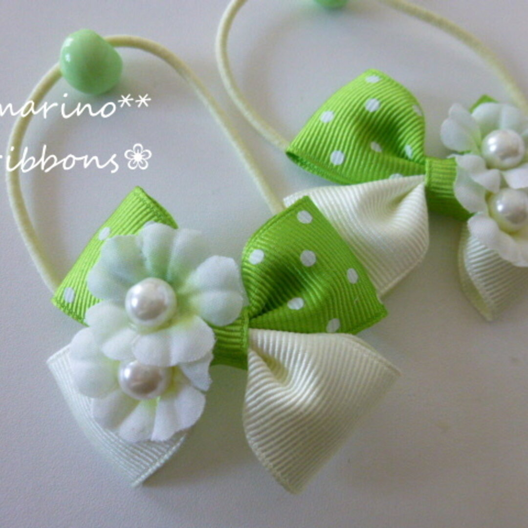 グリーンお花のりぼんヘアゴム