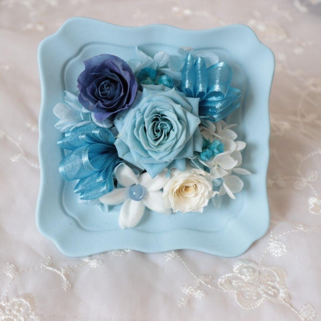 夏の贈り物 インテリア ブルーのバラ プリザーブドフラワー