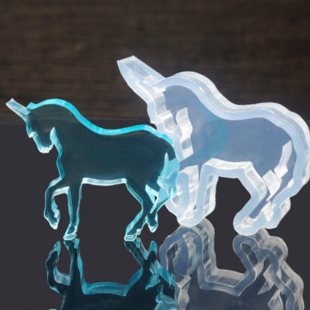 シリコンモールド 【 ユニコーン 型 1個 シリコン型 】 馬 レジン パーツ レジン アクセサリー 素材 型